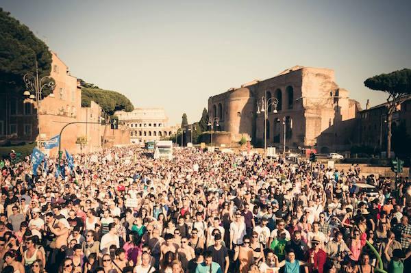 Un momento del Pride a Roma